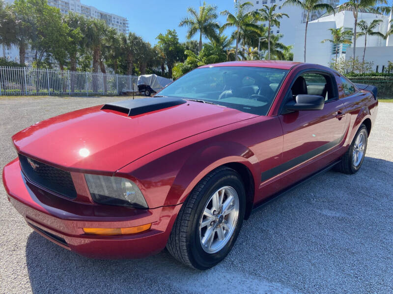 2007 Ford Mustang for sale at LESS PRICE AUTO BROKER in Hollywood FL
