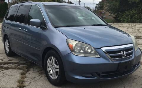 2007 Honda Odyssey for sale at Square Business Automotive in Milwaukee WI