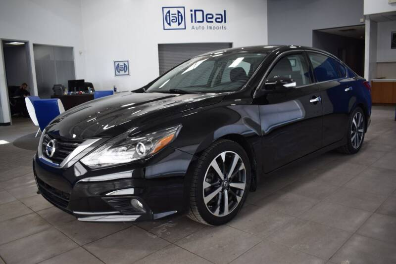 2016 Nissan Altima for sale at iDeal Auto Imports in Eden Prairie MN