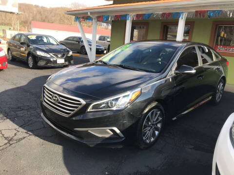 2015 Hyundai Sonata for sale at PIONEER USED AUTOS & RV SALES in Lavalette WV