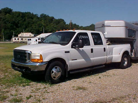 2000 Ford F-350 Super Duty for sale at Bates Auto & Truck Center in Zanesville OH