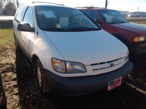 1999 Toyota Sienna for sale at L & J Motors in Mandan ND