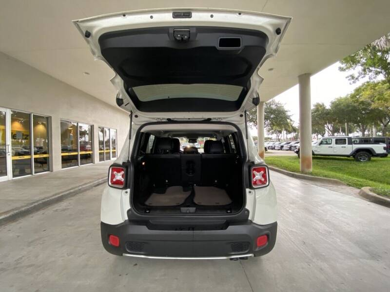 2016 Jeep Renegade Limited 4dr SUV - Davie FL
