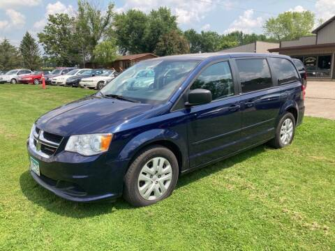 2014 Dodge Grand Caravan for sale at COUNTRYSIDE AUTO INC in Austin MN