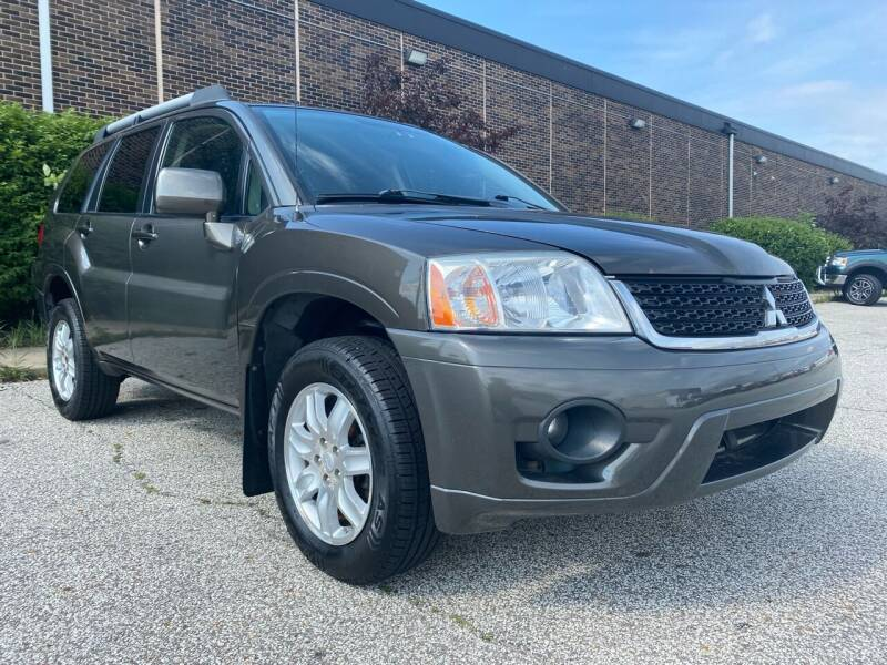 2011 Mitsubishi Endeavor for sale at Classic Motor Group in Cleveland OH