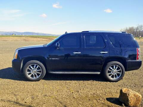 2008 GMC Yukon for sale at M AND S CAR SALES LLC in Independence OR