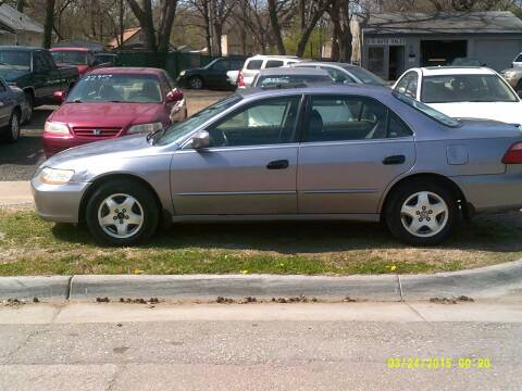 2000 Honda Accord for sale at D & D Auto Sales in Topeka KS