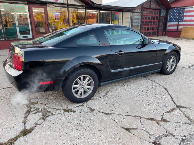 2006 Ford Mustang for sale at NJ Quality Auto Sales LLC in Richmond IL