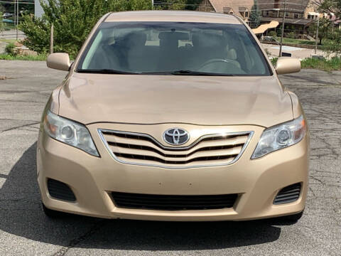 2010 Toyota Camry for sale at Car ConneXion Inc in Knoxville TN
