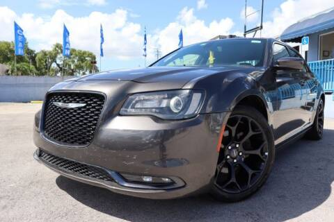 2019 Chrysler 300 for sale at OCEAN AUTO SALES in Miami FL