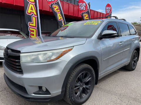 2015 Toyota Highlander for sale at Duke City Auto LLC in Gallup NM