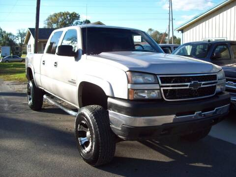 2005 Chevrolet Silverado 2500HD for sale at Classics and More LLC in Roseville OH