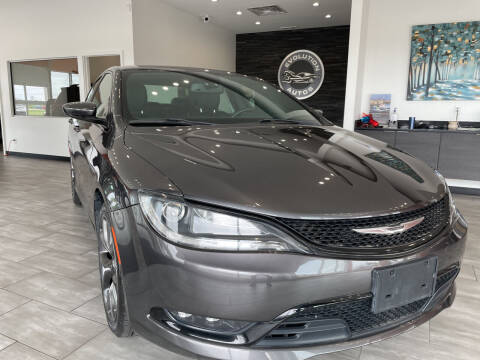2015 Chrysler 200 for sale at Evolution Autos in Whiteland IN