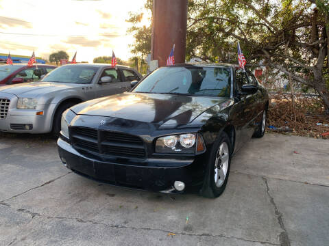 2010 Dodge Charger for sale at DREAM CARS in Stuart FL