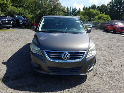2010 Volkswagen Routan for sale at Complete Auto Credit in Moyock NC