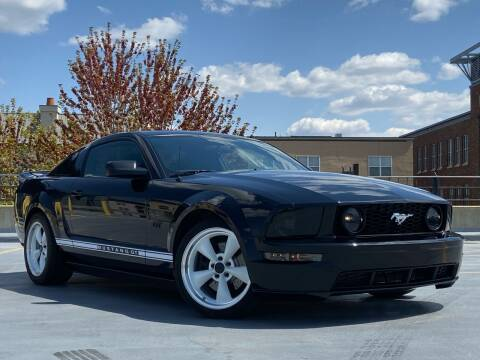 2007 Ford Mustang for sale at North Imports LLC in Burnsville MN