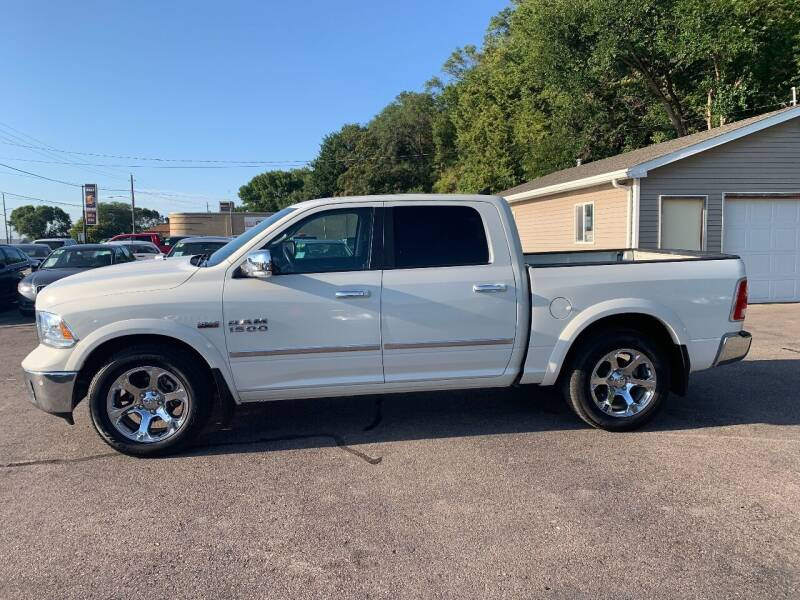 2016 RAM Ram Pickup 1500 for sale at Iowa Auto Sales, Inc in Sioux City IA