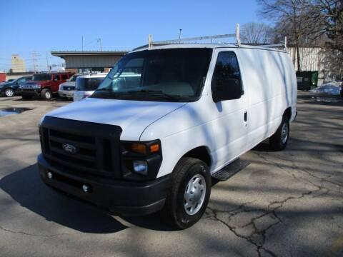 2008 Ford E-Series Cargo for sale at RJ Motors in Plano IL