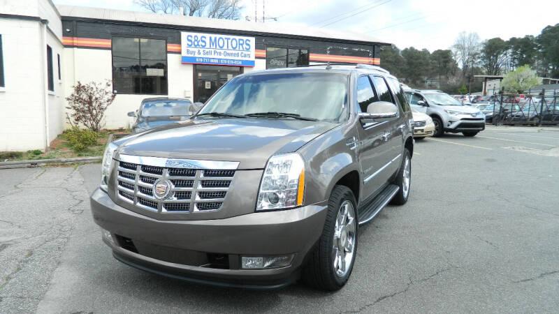 2013 Cadillac Escalade for sale at S & S Motors in Marietta GA