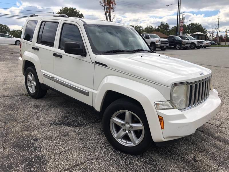 2008 Jeep Liberty for sale at VENTURE MOTORS in Wickliffe OH