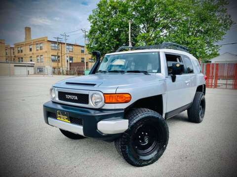 2007 Toyota FJ Cruiser for sale at ARCH AUTO SALES in St. Louis MO