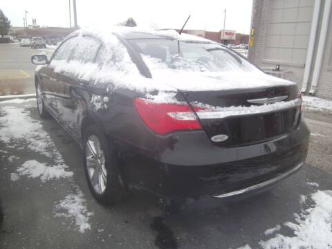 2012 Chrysler 200 for sale at MITRISIN MOTORS INC in Oskaloosa IA