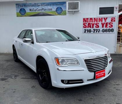 2014 Chrysler 300 for sale at Manny G Motors in San Antonio TX