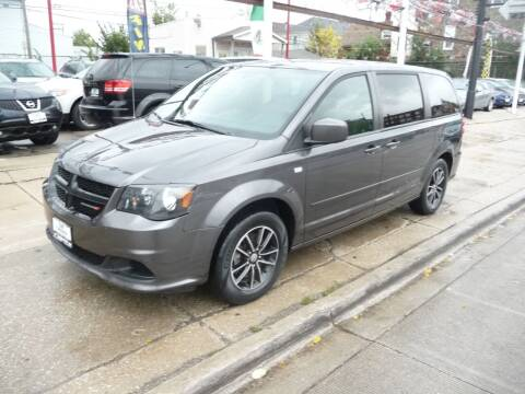 2014 Dodge Grand Caravan for sale at CAR CENTER INC in Chicago IL