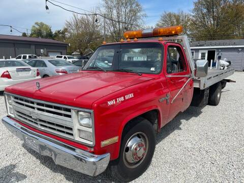 1986 Chevrolet C/K 30 Series for sale at Davidson Auto Deals in Syracuse IN