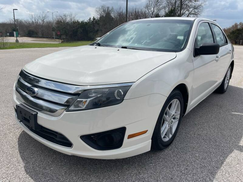 2010 Ford Fusion for sale at Central Motor Company in Austin TX