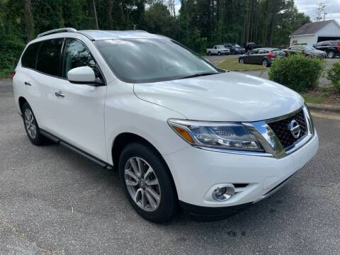 2014 Nissan Pathfinder for sale at Triangle Motors Inc in Raleigh NC