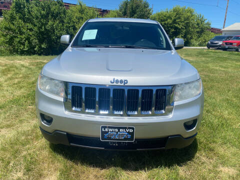 2011 Jeep Grand Cherokee for sale at Lewis Blvd Auto Sales in Sioux City IA