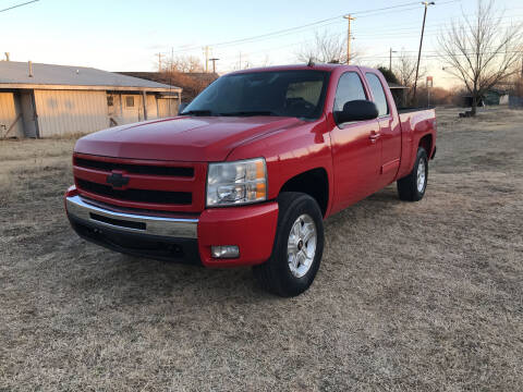 2011 Chevrolet Silverado 1500 for sale at Empire Auto Remarketing in Shawnee OK