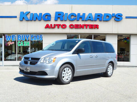 2017 Dodge Grand Caravan for sale at KING RICHARDS AUTO CENTER in East Providence RI