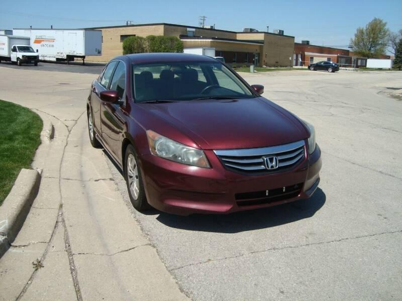 2011 Honda Accord for sale at ARIANA MOTORS INC in Addison IL