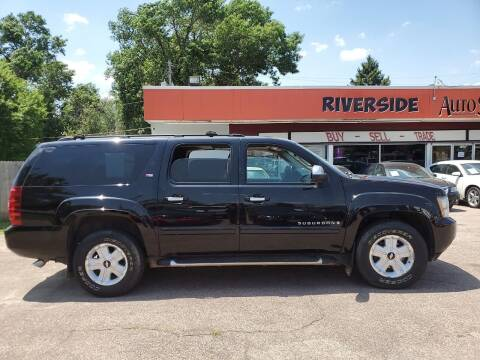 2007 Chevrolet Suburban for sale at RIVERSIDE AUTO SALES in Sioux City IA