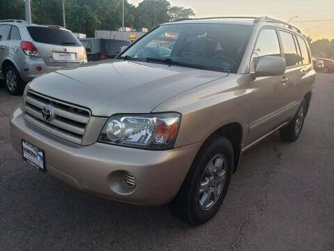 2004 Toyota Highlander for sale at Gordon Auto Sales LLC in Sioux City IA