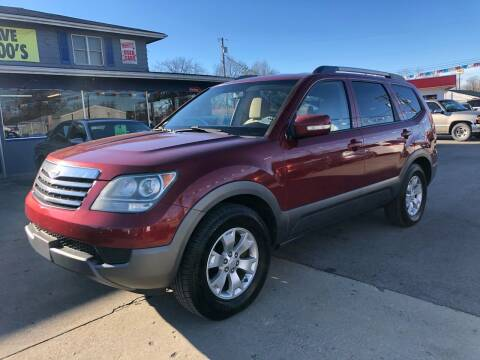 2009 Kia Borrego for sale at Wise Investments Auto Sales in Sellersburg IN
