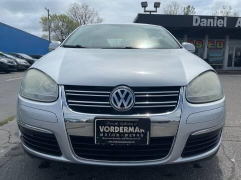 2009 Volkswagen Jetta for sale at Daniel Auto Sales inc in Clinton Township MI