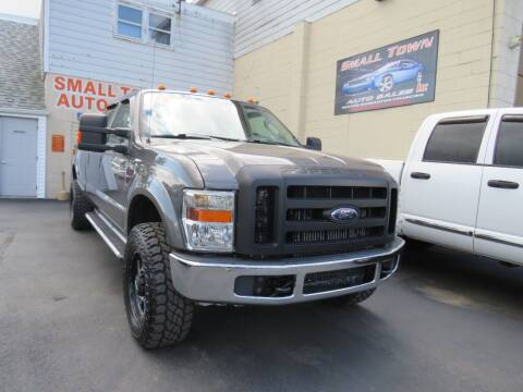 2008 Ford F-350 Super Duty for sale at Small Town Auto Sales in Hazleton PA