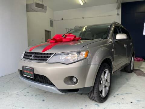 2007 Mitsubishi Outlander for sale at The Car House of Garfield in Garfield NJ
