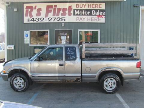 2001 Chevrolet S-10 for sale at R's First Motor Sales Inc in Cambridge OH