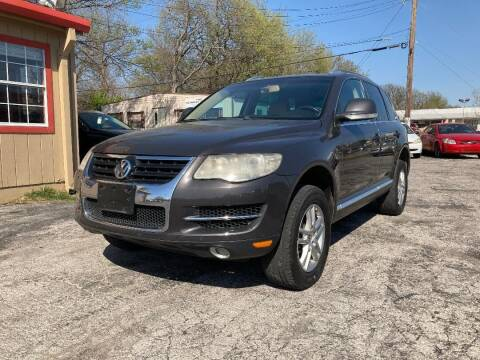 2008 Volkswagen Touareg 2 for sale at Used Car City in Tulsa OK