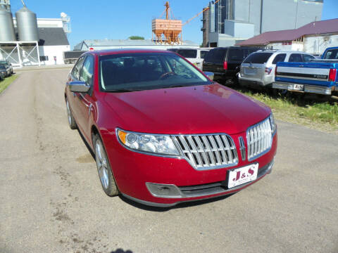 2012 Lincoln MKZ for sale at J & S Auto Sales in Thompson ND
