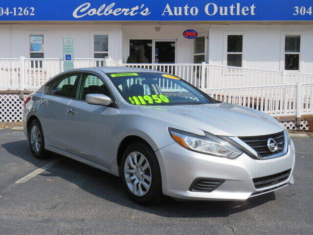2016 Nissan Altima for sale at Colbert's Auto Outlet in Hickory NC