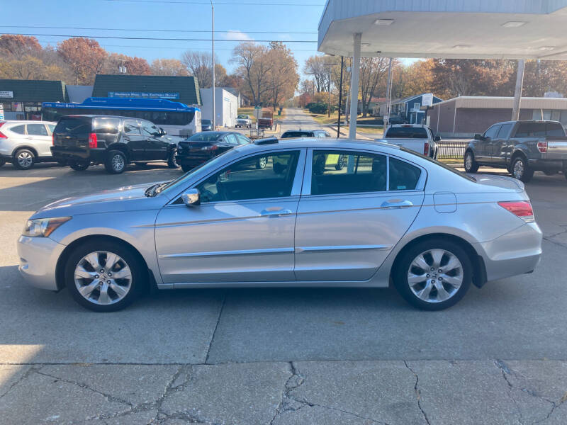 2008 Honda Accord for sale at GRC OF KC in Gladstone MO