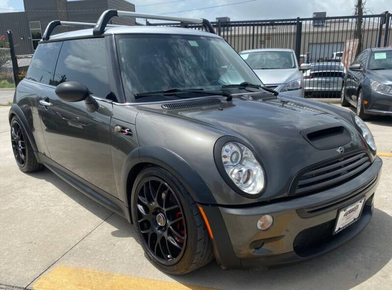 2006 MINI Cooper for sale at DYNAMIC AUTO GROUP in Houston TX
