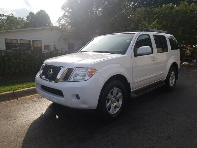 2008 Nissan Pathfinder for sale at TR MOTORS in Gastonia NC