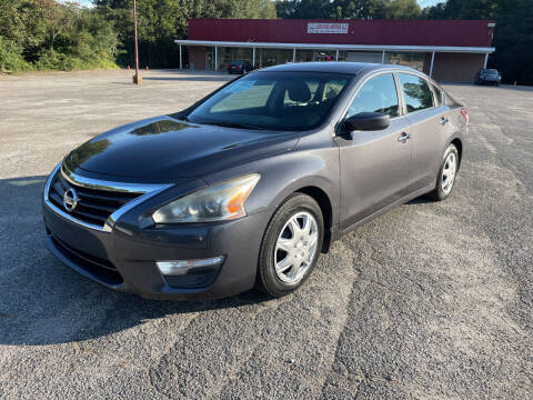 2013 Nissan Altima for sale at Certified Motors LLC in Mableton GA