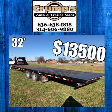 2018 Pj Trailers 32' Hydraulic Dove Tail for sale at CRUMP'S AUTO & TRAILER SALES in Crystal City MO